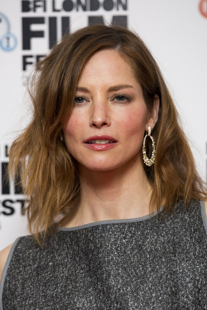 sienna guillory lingerie